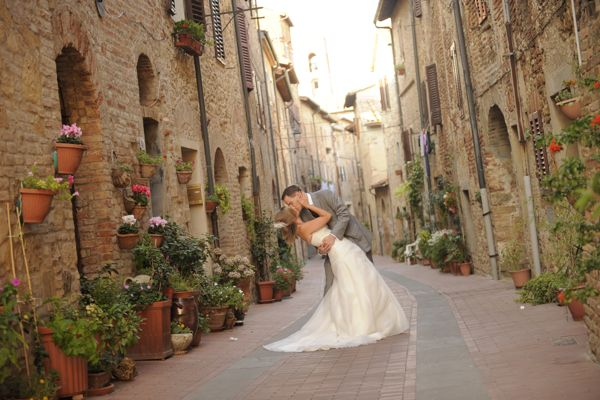 Casole D'Elsa wedding, Tuscan Wedding, wedding planer tuscany.