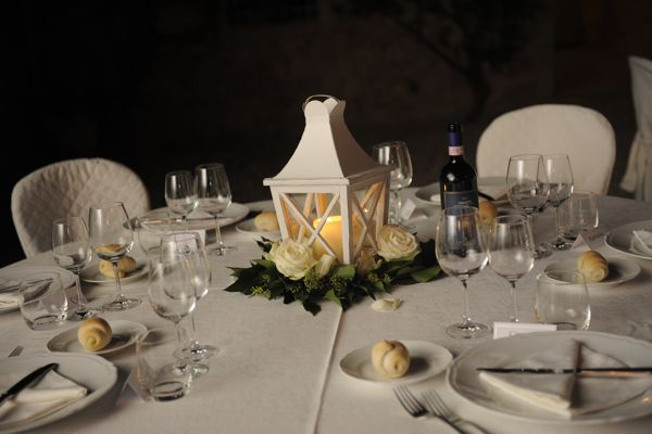 wedding table decoration, wedding flowers, tuscany wedding planner.
