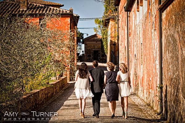 Montestigliano, Siena, Wedding vow renewal ceremony, wedding planner Siena,