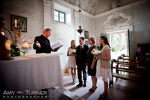 wedding vow renewal ceremony, Montestigliano, Siena, wedding planner Siena.