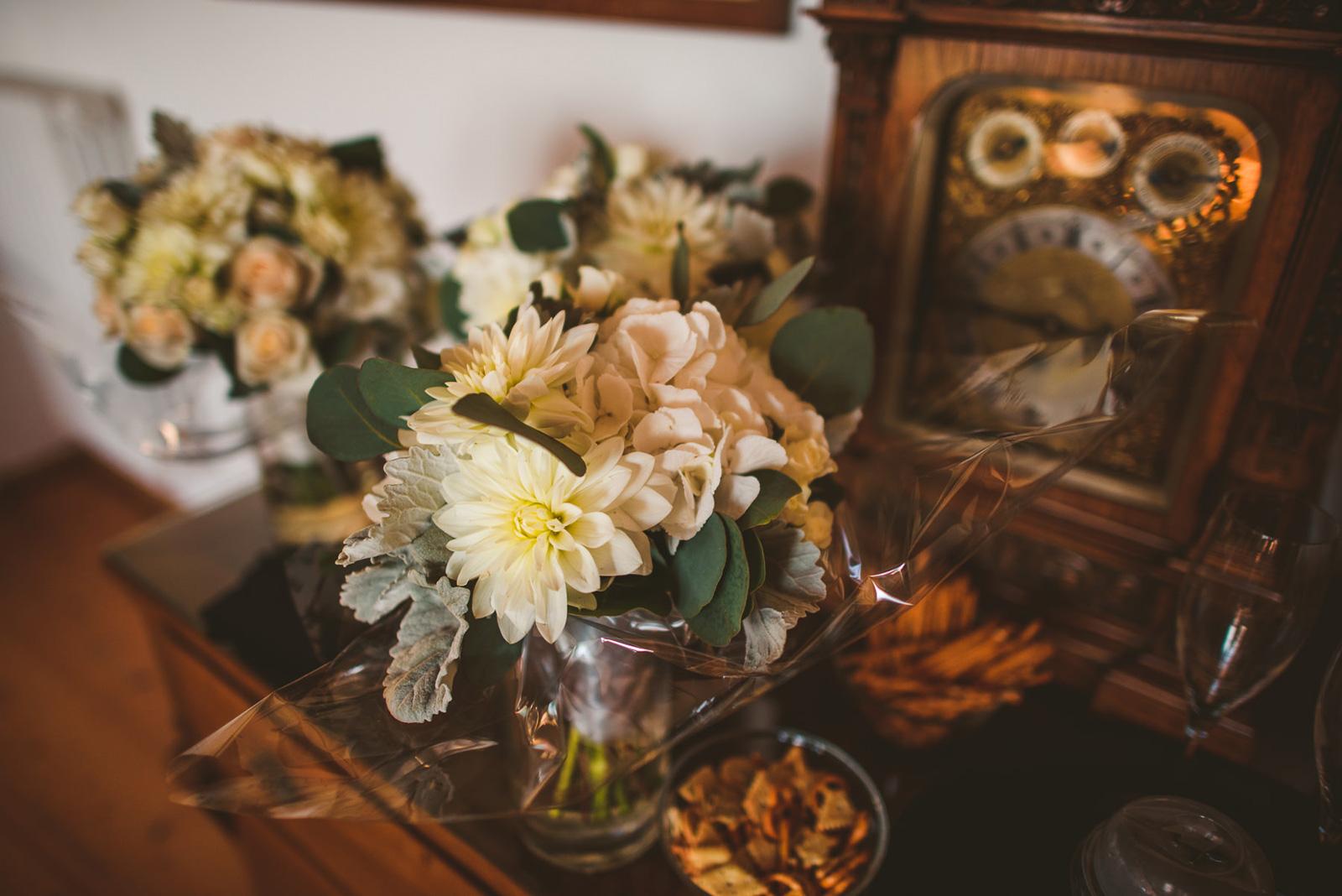 alt+ bride bouquet